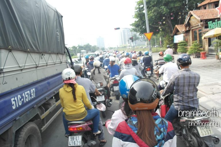 traffic ho chi minh-1024x683